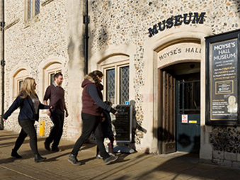 people walking into Moyses Hall Museum
