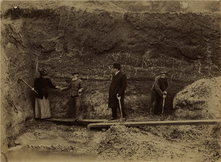 black and white photo of people excavating terrace in ipswich